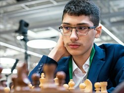شرکت سوپر استاد بزرگ شطرنج ایران در مسابقات روسیه  با پرچم فیده