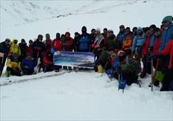 صعود زمستانی کوهنوردان منتخب نیروی پدافند هوایی به قله برف انبار