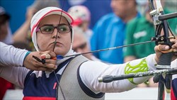 زهرا نعمتی به مدال نقره رقابتهای پاراتیروکمان قهرمانی جهان رسید